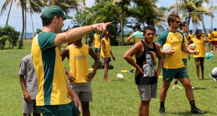 Aussies Run Clinics In Suva