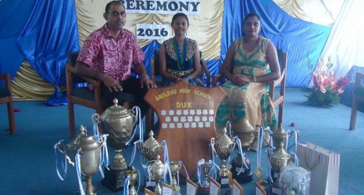 Pawan Wins Baulevu School Dux Award