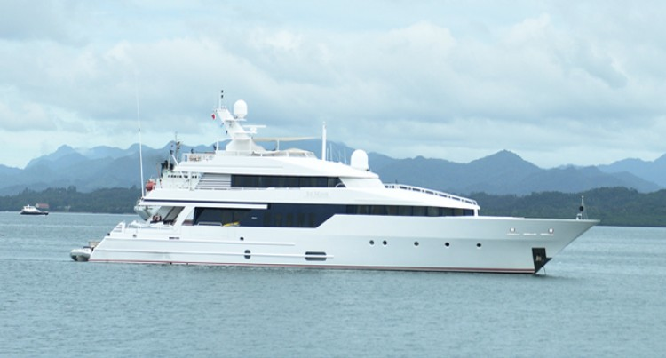 Super Yacht 'Be Mine' Arrives