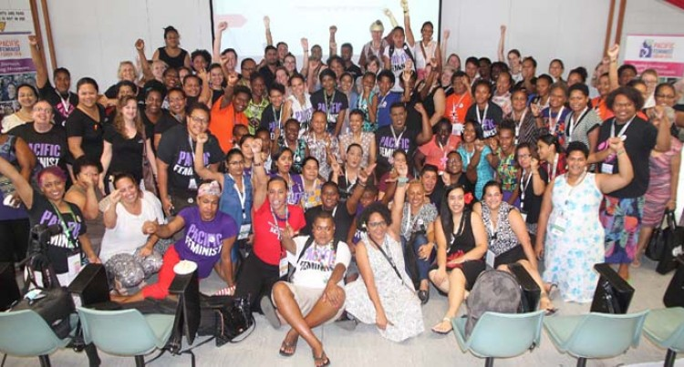 100 Feminists Meet In Solidarity