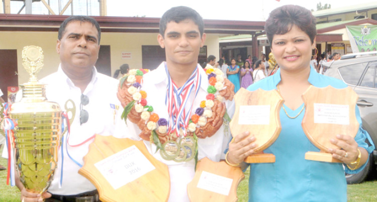 Jainesh Dedicates Achievement To Parents