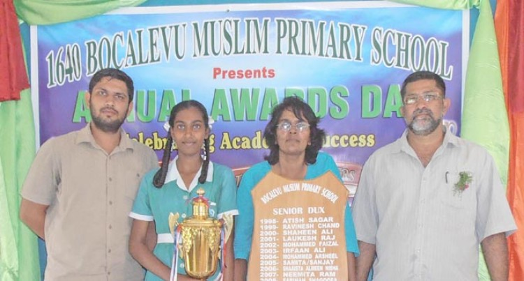 Mum Means The World To Dux Awardee