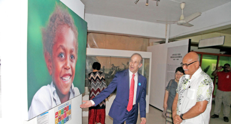 Photo Exhibition Wows Audience