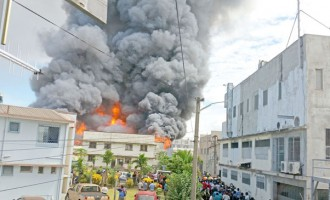 6 Fire Trucks Douse Nadi Factory Fire