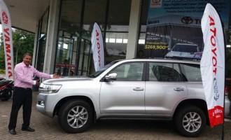 Toyota's  Land Cruiser  Dubbed As King  Of  The 4WDs