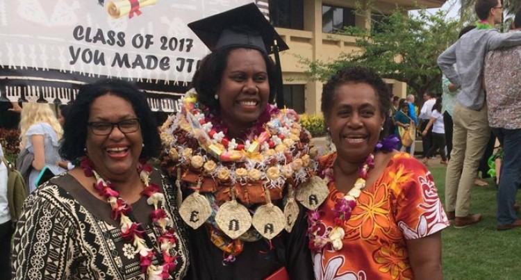 Graduate Misses Late Dad Who Motivated Her to Aim High