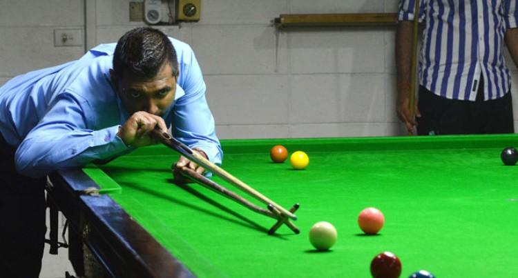 Snooker Needs Help: Bhatti