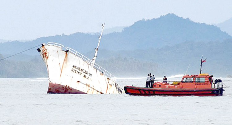 Vessel Owner Blames Salvaging Company For Delay