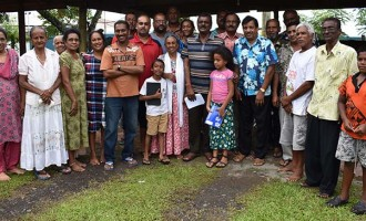 Bala meets with Labasa residents