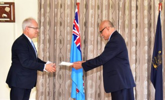 German Envoy Presents His  Credentials To President Konrote
