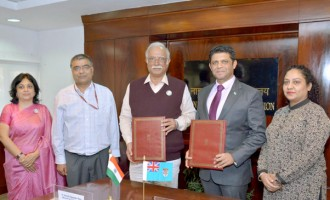 Fiji And India  Sign Air Services Agreement