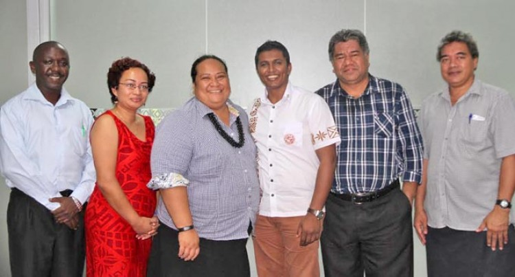 Delegation Looks At Fiji Commerce  Commission