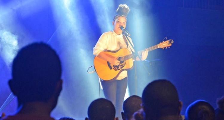 Julia Zahra Delights Big Suva Crowd