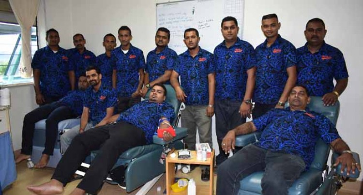 Raiderz Club Donate Blood To Hospital