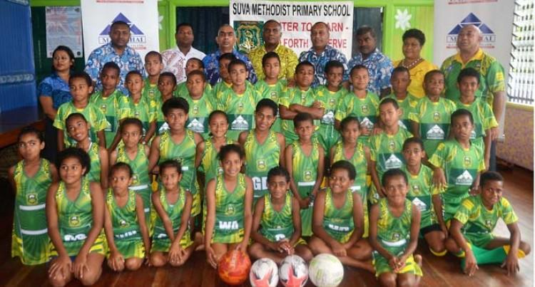 R.C Manubhai Helps Suva Methodist Reps