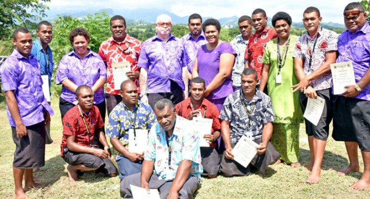 Landowners Graduate As Forest Wardens
