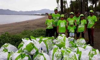 Club Fundraises For Rubbish Bins to Keep Beach Clean