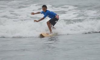 Surfers' turnout impresses coach