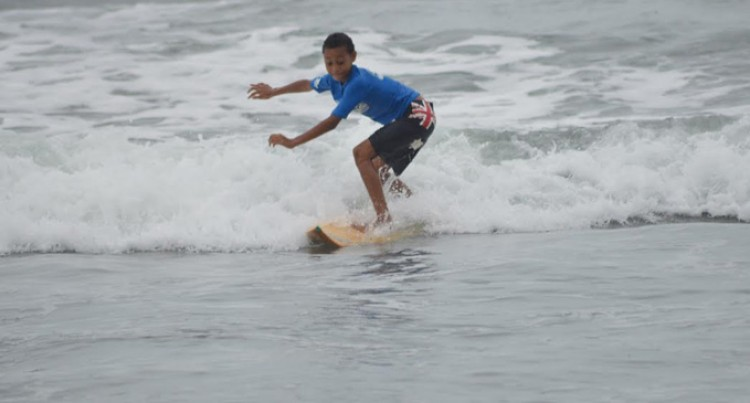Surfers' turnout impresses coach