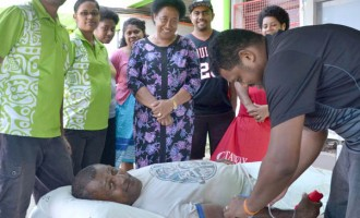BSP Staff, Customer In Labasa Deposit With Blood Bank