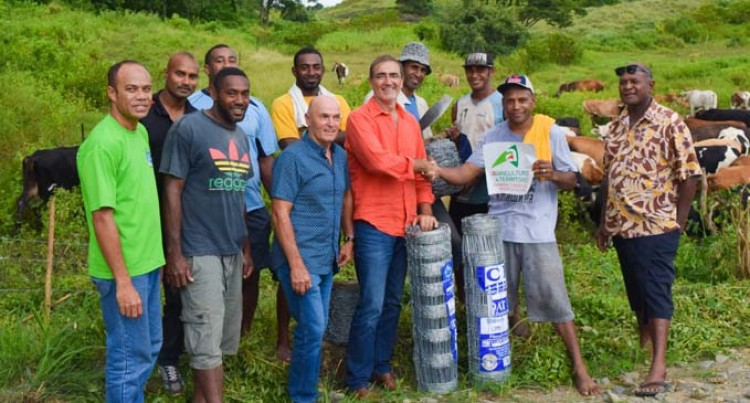 Bua Livestock Farmers Affected by Cyclone Winston Receive Help
