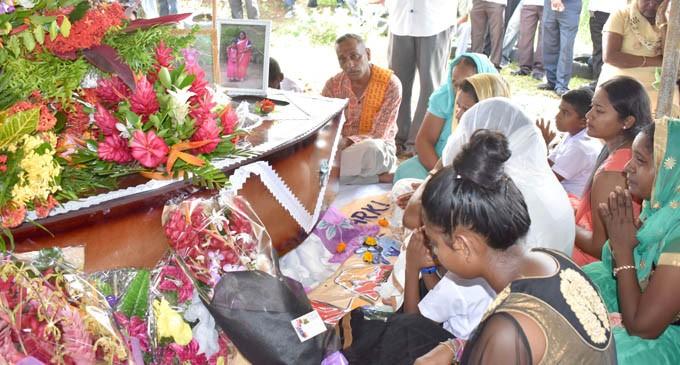 Grandma's Cries Echo At Solovi Funeral