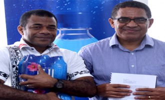 FIJI Water Team Up With FNRL