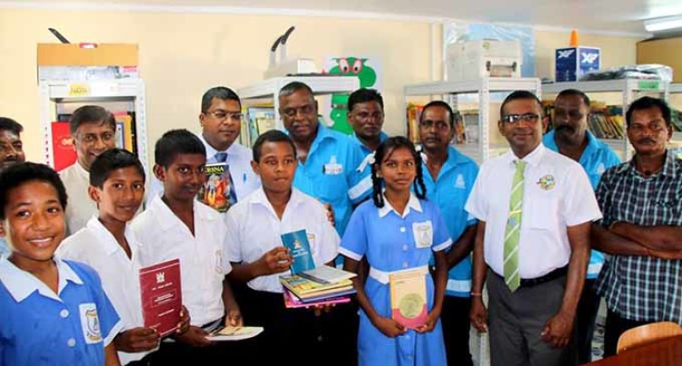Libraries Are Vital: Reddy