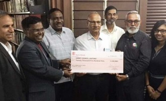 Indian High Commission Presents $20,500 For Centre