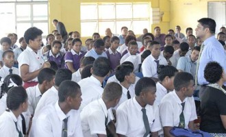 A-G Pleased With Student  Response in Budget Talks