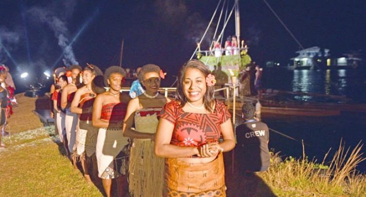 Contestants Given Grand Welcome