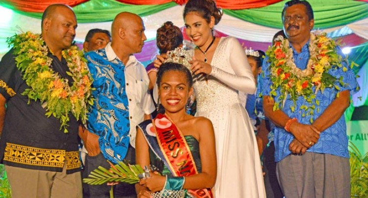 22-year-old Crowned Tebara Queen