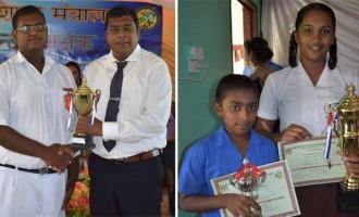 Students Shine At Hindi Poster Competition