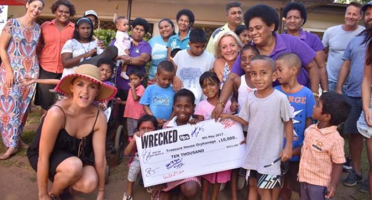 Actress: Fijians Are Warmest People