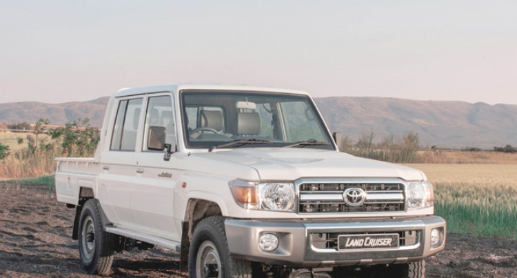 Go beyond the usual with the Land Cruiser 70 Series