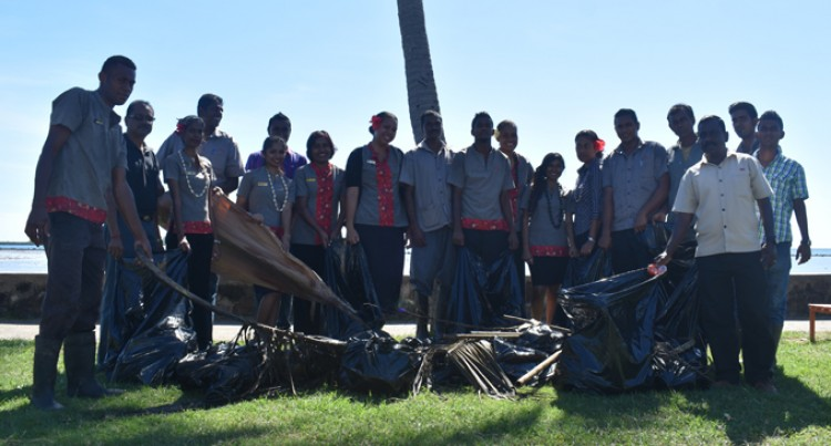 Hotel Staff Marks World Oceans Day By Cleaning Up Foreshore