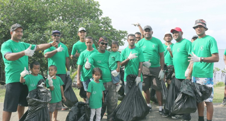 Foreshore Clean-Up Promotes Public Awareness