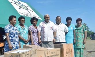 Vuya Women Blessed With Kitchen Cutleries