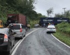 Veered Off Container Vehicle Causes Traffic