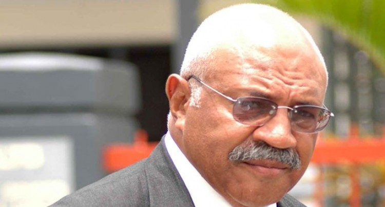 Rabuka gives his North  supporters attention