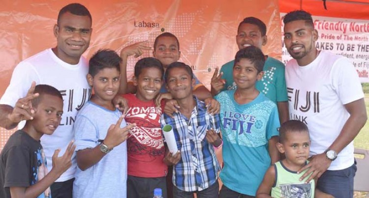 Fiji Link Celebrates 3rd Birthday  And Tabia Students Meet Their Heroes