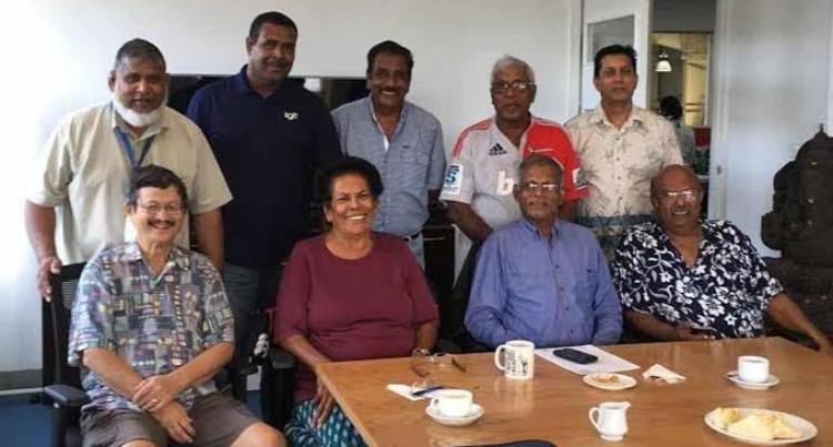 Ex-airport Staff Plan Reunion