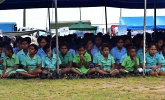 PM Challenges Kadavu Students