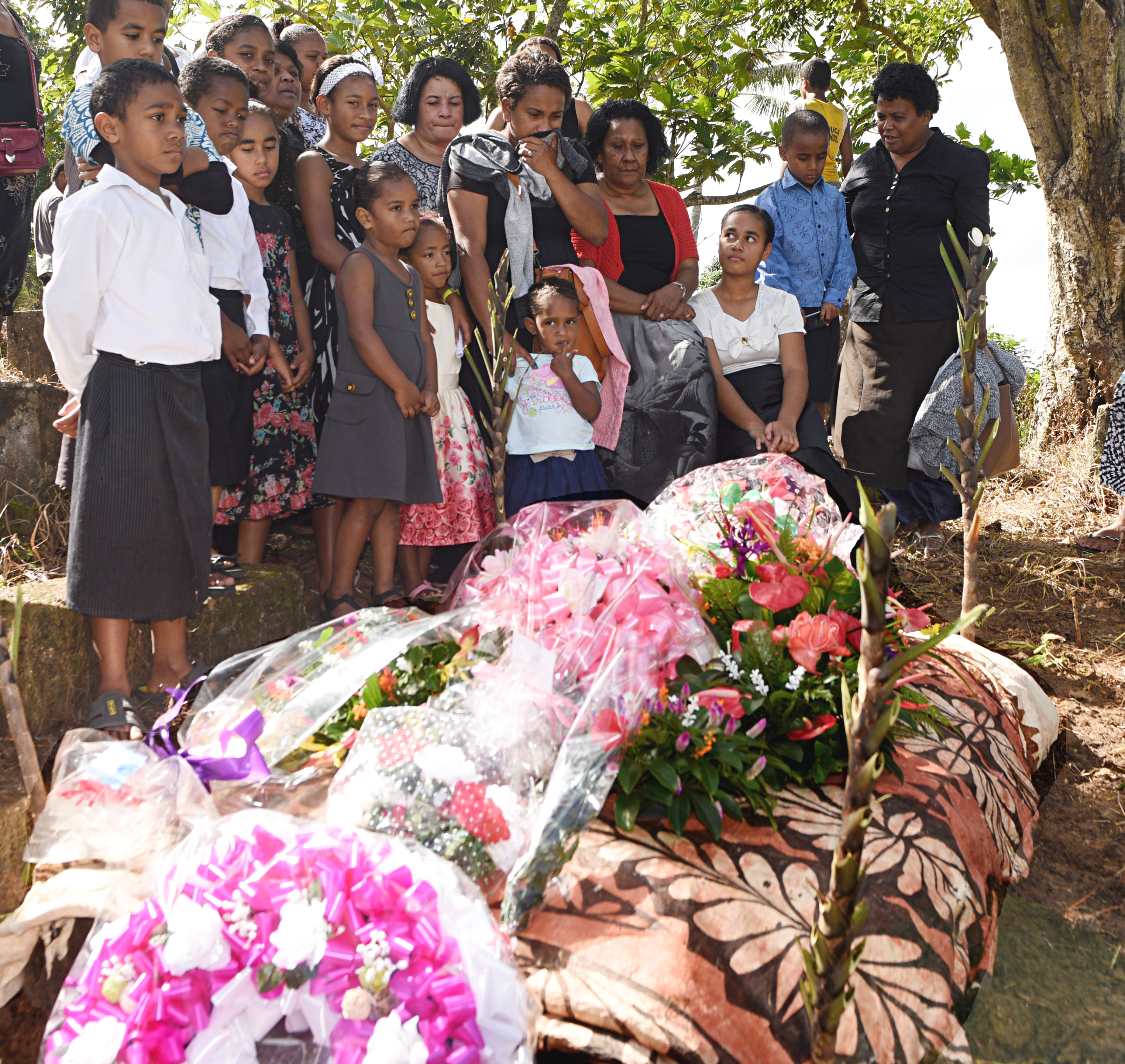 Friends and relatives say their last goodbyes to Agnes Fleur Louise Tuiloma on June 6, 2017. Photo: Vilimoni Vaganalau