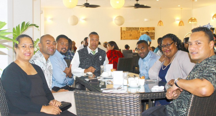 Expat Fijians Host Lunch