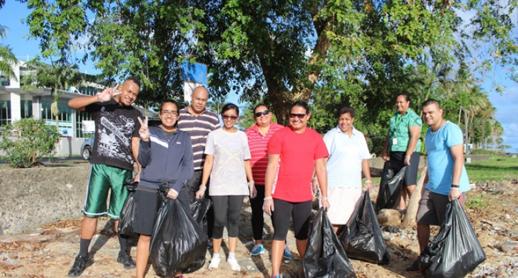 Westpac Team Help Contribute To Cleaner Fiji