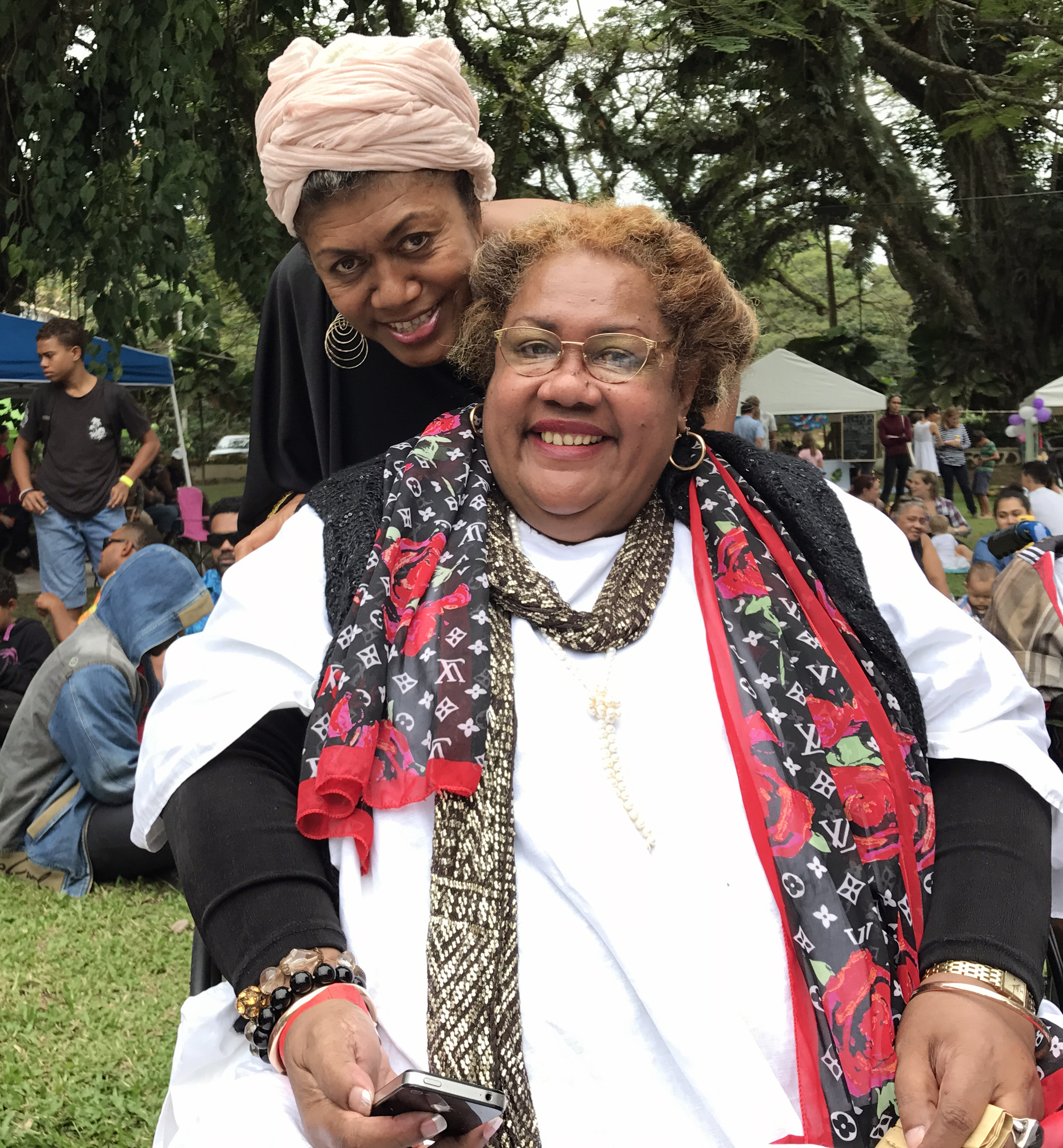 Senimili Toko with Vude Queen Laisa Vulakoro at the Thurston garden food and music festival on July 15, 2017.Photo:Vilimoni Vaganalau.