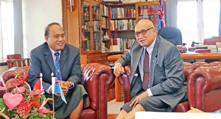 President Receives FSM, Kiribati Leaders
