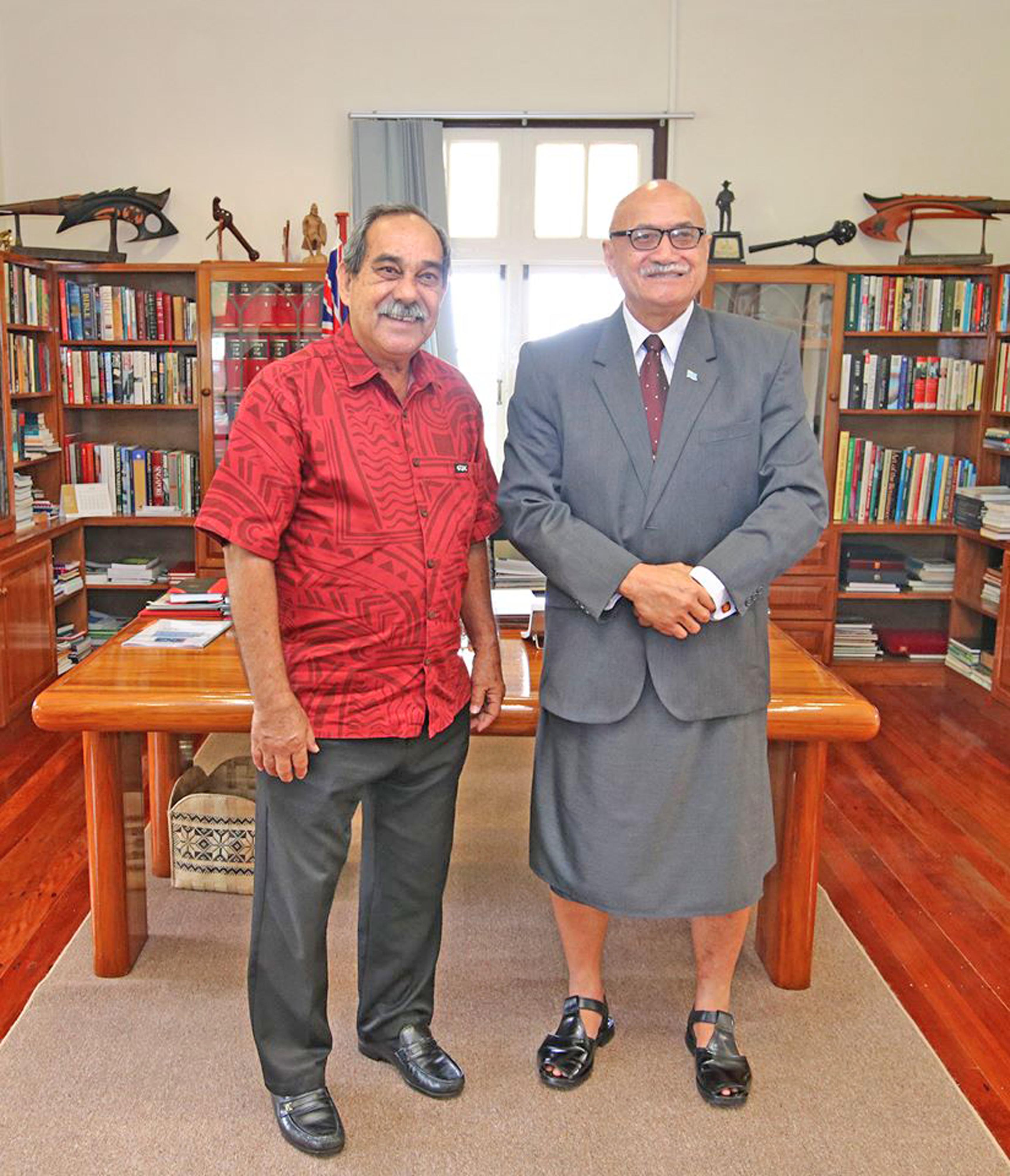President Major-General (Ret'd) Jioji Konrote and President of Federated States of Micronesia Peter M. Christian.  Photo: DEPTFO News
