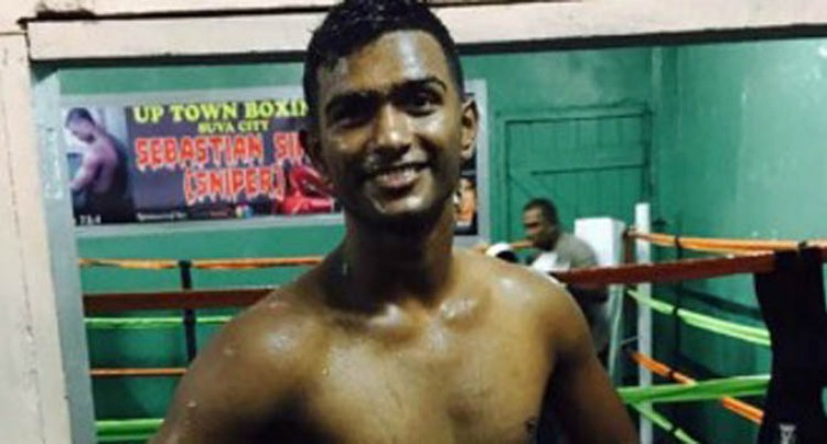 Fraser, Singh Sign For 69kg Showdown